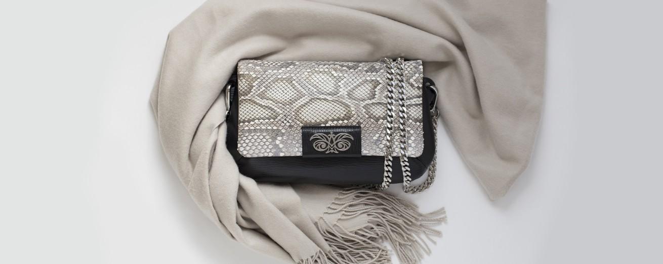 "handbag ""AVA BABY"" in python skin"