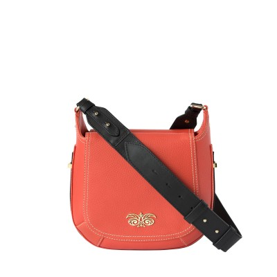 """Crossbody bag """"NEW FRENCHY"""" in grained leather, red hibiscus color, with a shoulder strap"""