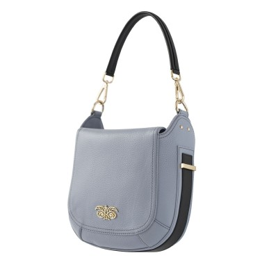 """Crossbody bag """"NEW FRENCHY"""" in grained leather, grey lavender color, side view"""