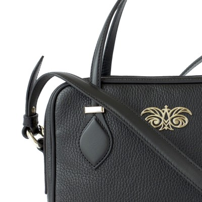 JULIETTE, leather handbag in grained leather, black color - details