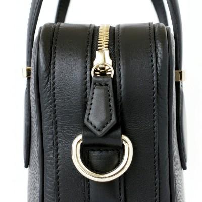 JULIETTE, leather handbag in grained leather, black color - details and zipper