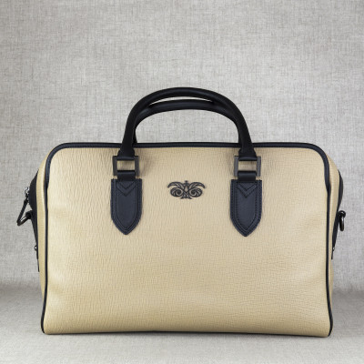 48h handbag for men in grained calf leather beige color - front view - linen background