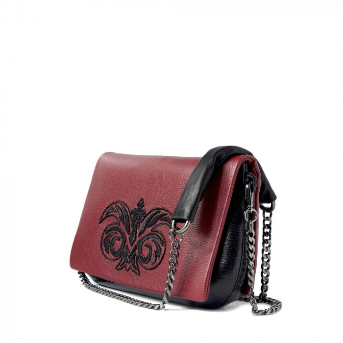 "clutch ""AVA"" in dearskin embroidered in cannetille"