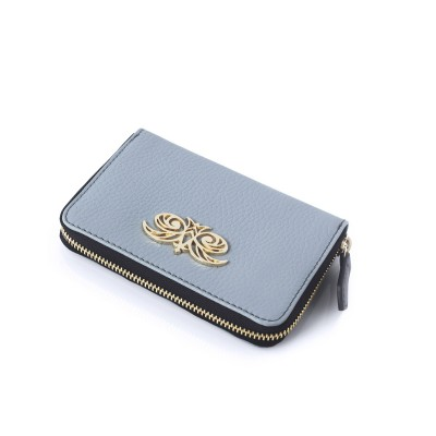 Compact zipped wallet MADRID in grained calfskin, lavender grey color - side view