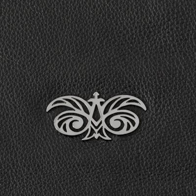 Zipper pouch OSLO in grained calfskin, black color - shiny nickel logo