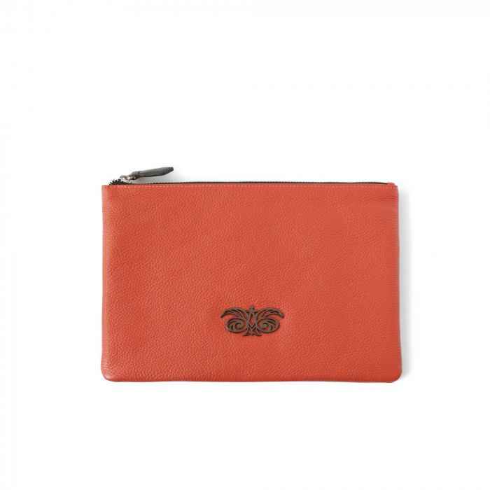zipper pouch in grained calfskin