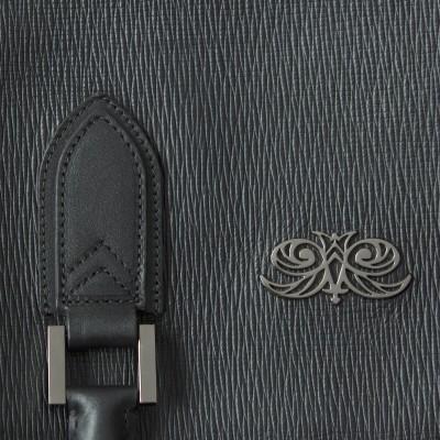 48h handbag for men in grained calf leather black color - details