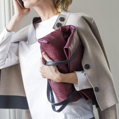 "Soft lamb leather shopper ""SUZANNE"", big size, burgundy color - folded"
