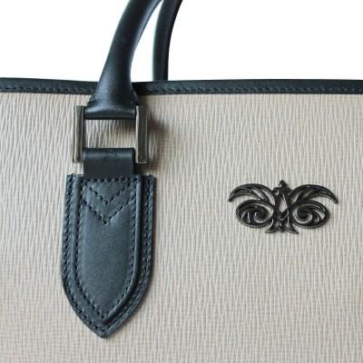 48h handbag for men in grained calf leather beige color - detail