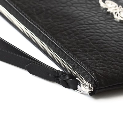 Lambskin zipper pouch with wrist strap, black color - wrist strap details
