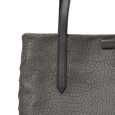 "Soft lamb leather shopper ""SUZANNE"", big size, taupe color - details"