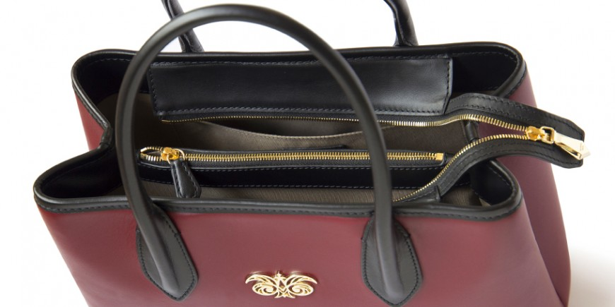 Leather tote with zip closure, BIG TOTE