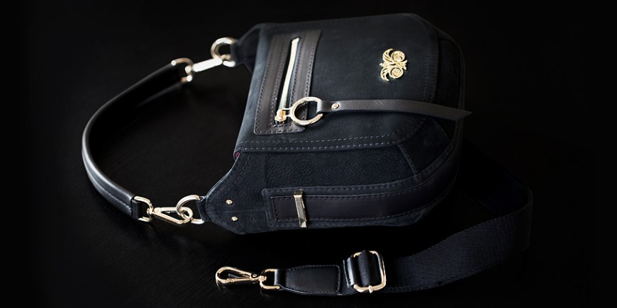 The crossbody bag in nubuck