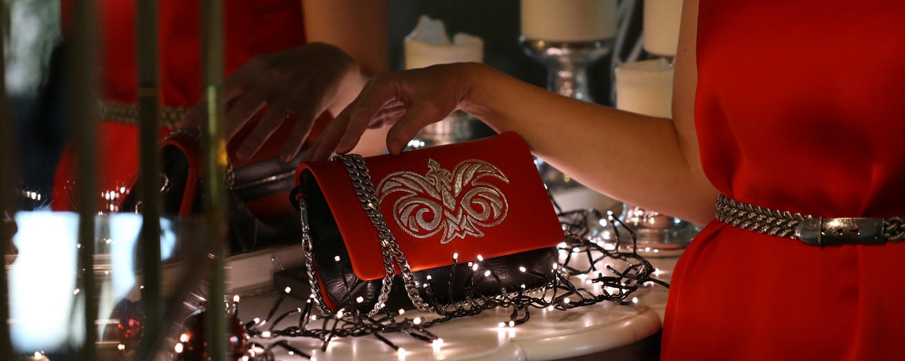 """AVA Baby"" clutch in red nappa"